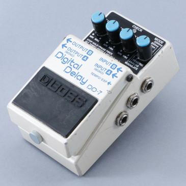 Boss DD-7 Digital Delay Guitar Effects Pedal P-08704