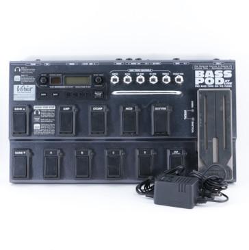 Line 6 Bass Pod XT Live Guitar Multi-Effects Pedal & PSA P-08881