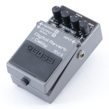 Boss RV-3 Digital Reverb / Delay Guitar Effects Pedal P-08846