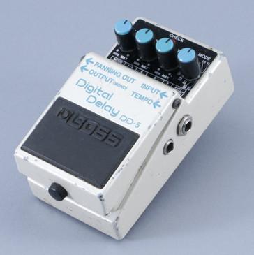 Boss DD-5 Digital Delay Guitar Effects Pedal P-08839