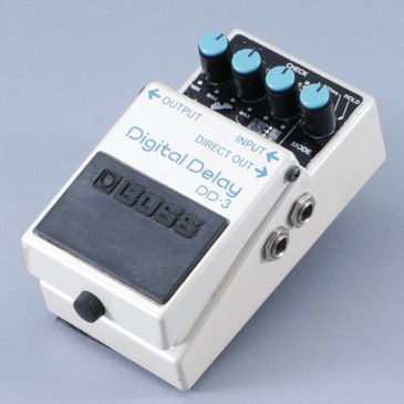 Boss DD-3 Digital Delay Guitar Effects Pedal P-08884