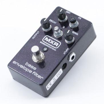 MXR Bass Envelope Filter M82 Bass Effects Pedal P-08924