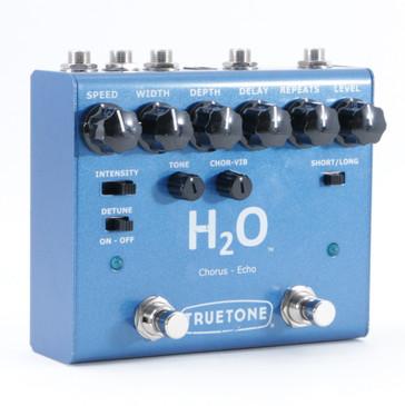 TrueTone H2O Chorus & Echo Guitar Effects Pedal P-08938