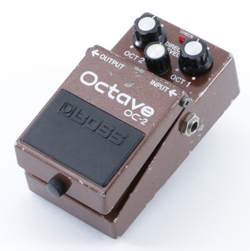 Boss OC-2 Octave Pitch Shifter Guitar Effects Pedal P-09056