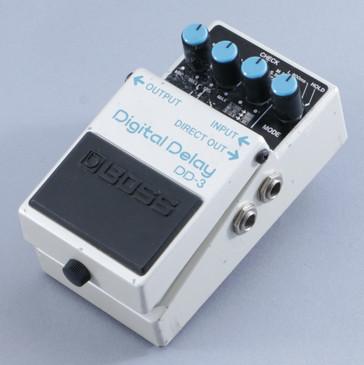 Boss DD-3 Digital Delay Guitar Effects Pedal P-09277