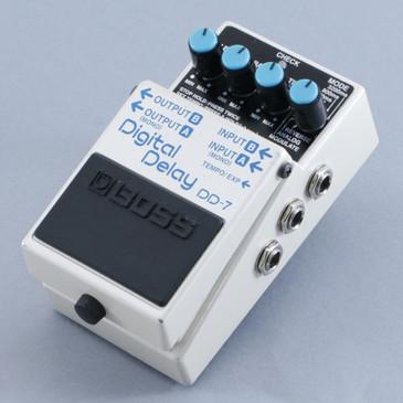 Boss DD-7 Digital Delay  Guitar Effects Pedal P-09315