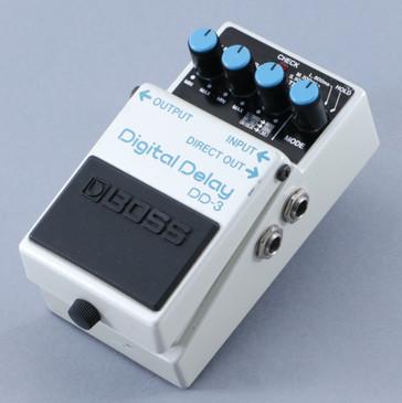 Boss DD-3 Digital Delay Guitar Effects Pedal P-09431