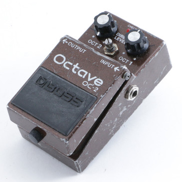 Boss OC-2 Octave Pitch Shifter Guitar Effects Pedal P-09631