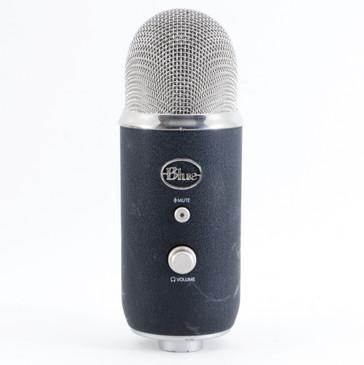 Blue Yeti Pro Condenser Multi-Pattern Microphone MC-4238