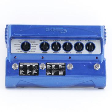 Line 6 MM4 Modulation Modeler Guitar Multi-Effects Pedal P-10526