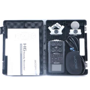 Zoom H6 Handy Recorder w/ 2 Mics OS-9254