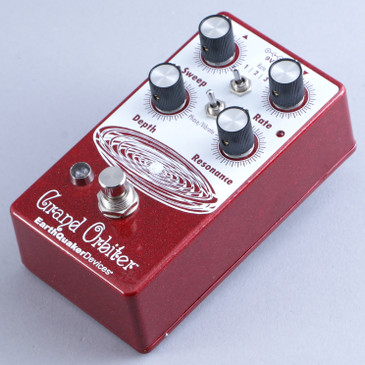 Earthquaker Devices Grand Orbiter Phaser / Vibrato Guitar Effects Pedal P-13886
