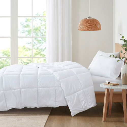 White Allergen Barrier & Anti-Microbial Down Alternative Comforter (Allergen Barrier-White-Comforter)