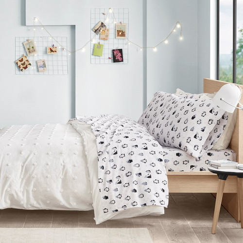 Blue & white Penguins Design Novelty Print Flannel Sheet Set (Cozy Soft-Blue Peng-Sheets)