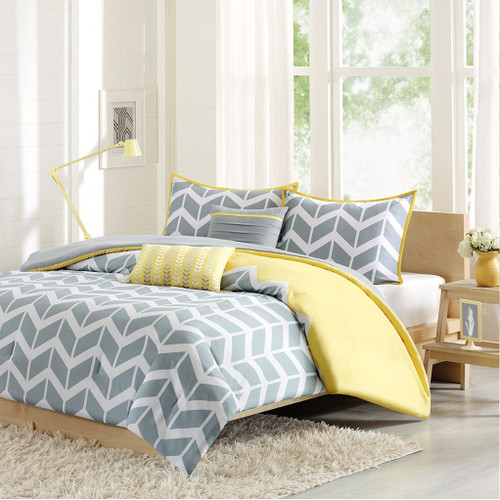 Yellow Grey & White Chevron Duvet Cover Set AND Decorative Pillows (Nadia-Yellow-Duv)