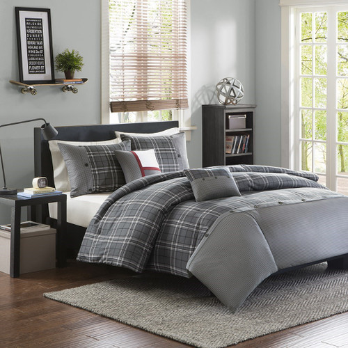 Grey & White Traditional Plaid Duvet Cover Set AND Decorative Pillows (Daryl-Grey-Duv)