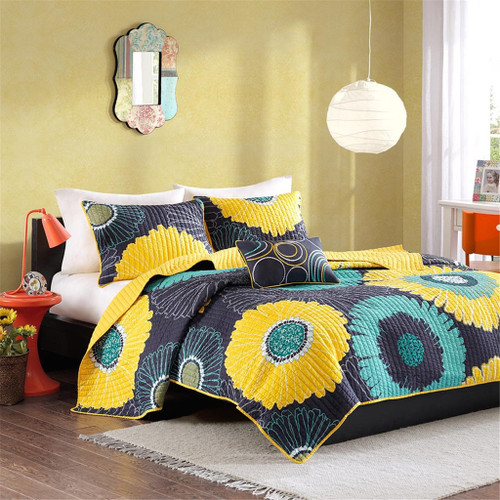 Black & Yellow Flowers Reversible Coverlet Quilt Set AND Decorative Pillow (Alice-Yellow)