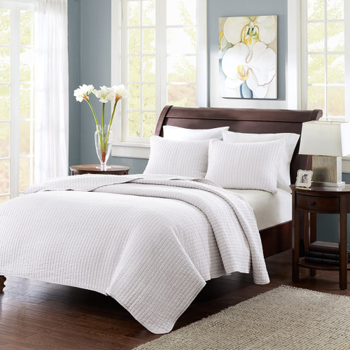 Solid White Coverlet Quilt AND Decorative Pillow Shams (Keaton-White-cov)