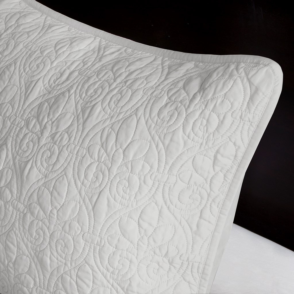 3pc Solid Soft Grey Quilted Bedspread Set And Decorative