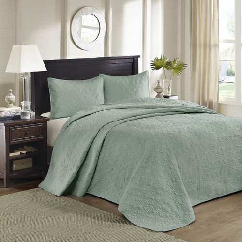 3pc Solid Seafoam Green Quilted Bedspread Set AND Decorative Pillow Shams (Quebec-Seafoam-cov)