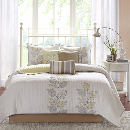 6pc Yellow & White Reversible Coverlet Quilt Set AND Decorative Pillows (Caelie-Yellow-cov)