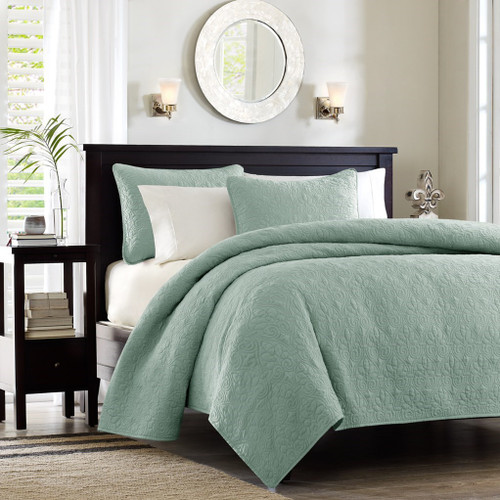 Soft Green Quilted Coverlet Set AND Decorative Pillow Shams (Quebec-Seafoam-cov-Mini)