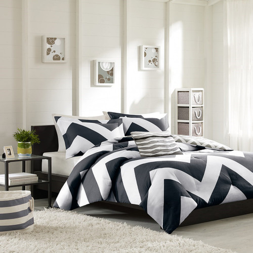 Black Grey & White Chevron Reversible Comforter Set AND Decorative Pillow (Libra-Black-comf)