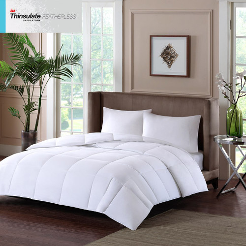 White Year Round 3M Featherless Insulation 600-FP Comforter (Year Round-White)