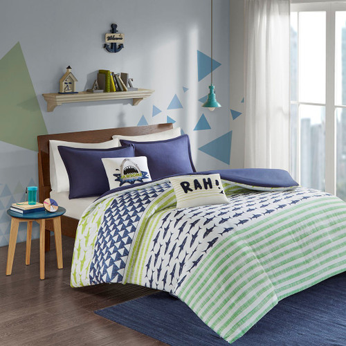 Blue & Green Sharks & Stripes Duvet Cover Set AND Decorative Pillows (Finn-Green/Navy-duv)