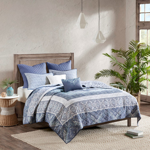 7pc Blue & White Boho Floral Reversible Coverlet Set AND Decorative Pillows (Maggie-Blue-cov)