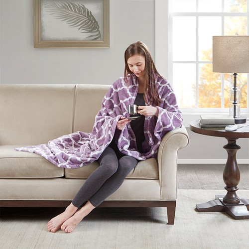 Oversized Lavender & White Heated REversible Ogee Throw - 60x70""
