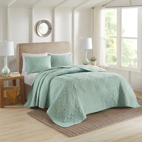 3pc Seafoam Quilted Medallion Reversible Bedspread AND Decorative Shams (Oakley-Seafoam-cov)