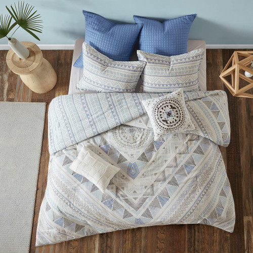 7pc Blue & White Geometric Reversible Duvet Cover Set AND Decorative Pillows (Rochelle- Blue-Duv)