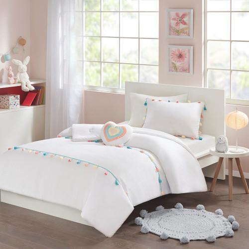 Tessa Tassel White Comforter Set (Tessa Tassel -White-Comf)