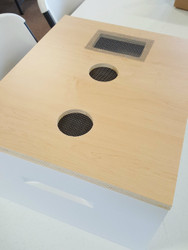 Burns Bees Feeding System- 10 Frame  - Includes 2- hole punched lid caps