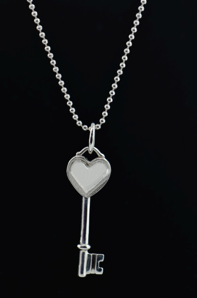 Tiffany Keys By Tiffany Co Heart Key Pendant With Chain Lc292 Loucri Jewelers