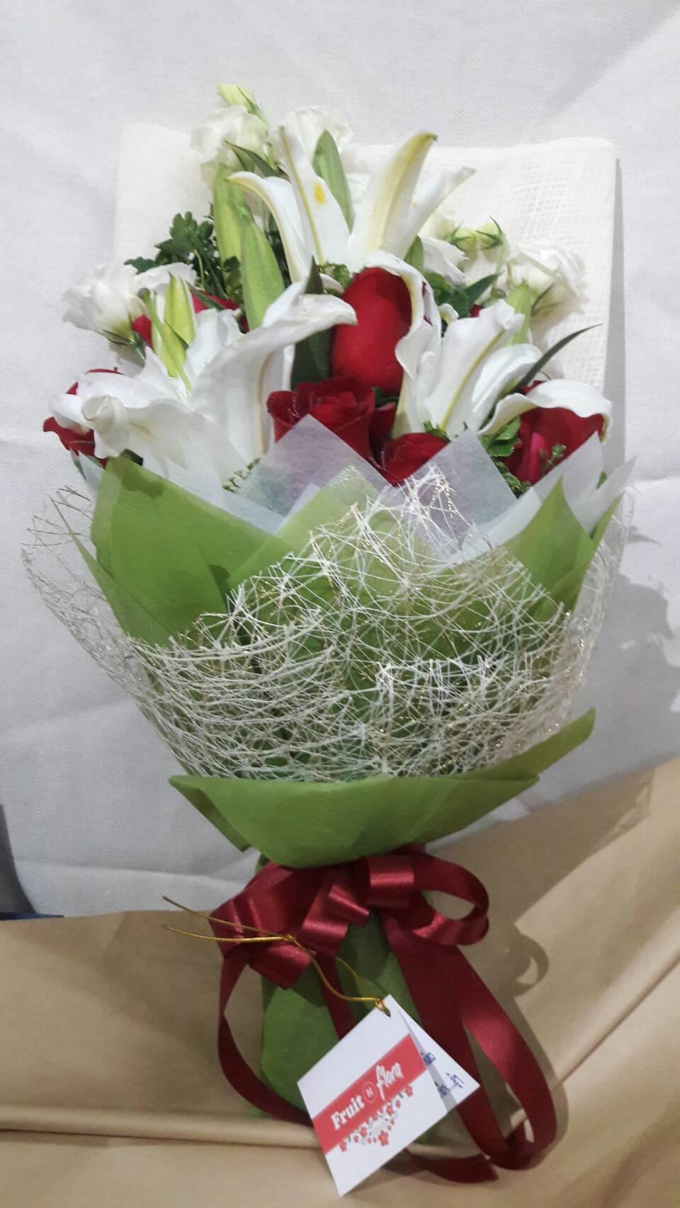 ช่อดอกไม้แทนความรู้สึกดี ๆ ดีไซน์สวย ทันสมัย และไม่ซ้ำแบบใคร