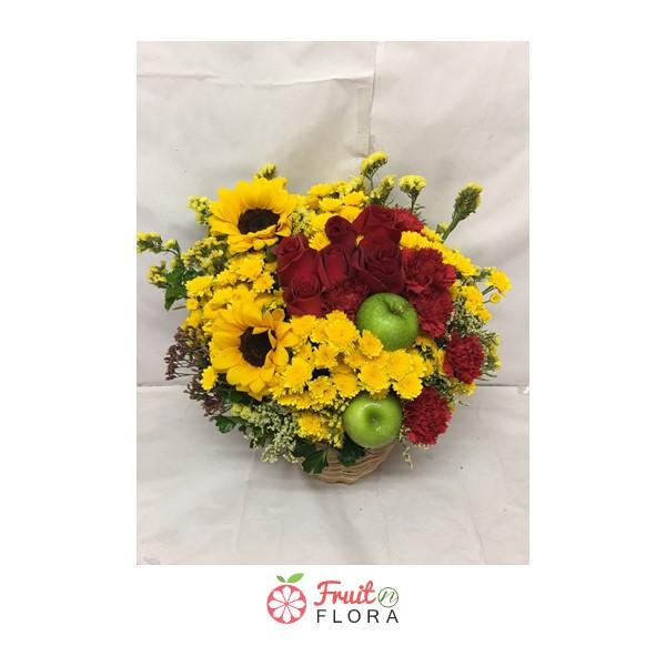 กระเช้าดอกไม้สวยๆ เพิ่มความสดชื่น สดใสในบ้านหรือที่ทำงานของคุณให้น่าอยู่มากยิ่งขึ้น