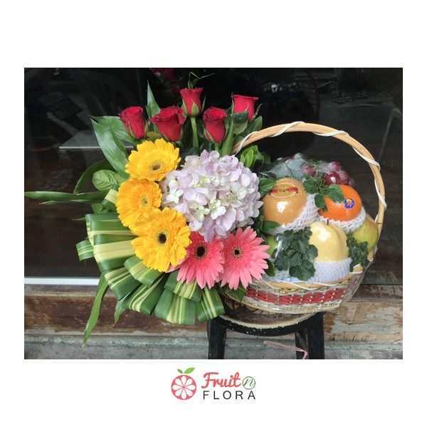กระเช้าผลไม้ไซส์มาตรฐาน อุดมด้วยผลไม้สดตามฤดูกาลชั้นเยี่ยม ถูกใจคนรักสุขภาพ