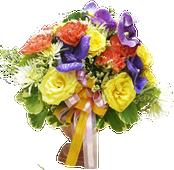 แจกันดอกไม้หลากชนิดหลายสีสัน