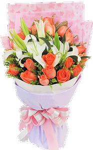 ช่อดอกไม้ ใช้ดอกลิลลี่สีขาวและดอกกุหลาบส้มอ่อนในการจัด