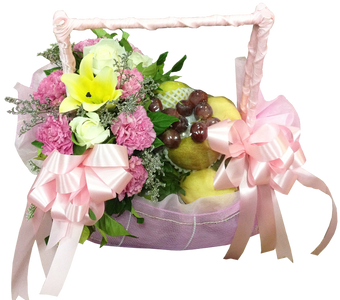 กระเช้าผลไม้วาเลนไทน์ โทนสีชมพู บรรจุผลไม้สดตามฤดูกาล
