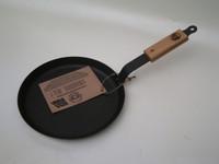 Netherton Foundry Spun Iron 10 Inch Crepe Pan