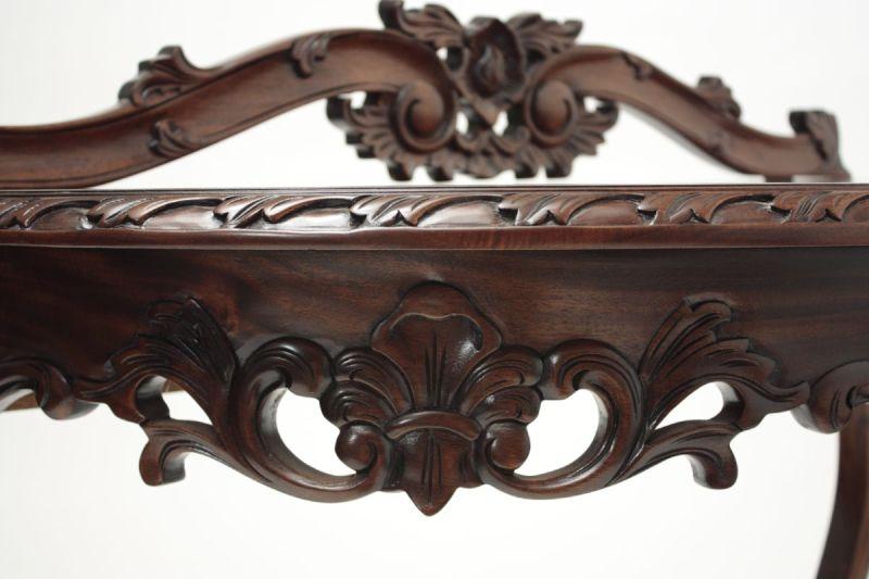 Acanthus Leaf carvings on Laurel Crown demi-lune table