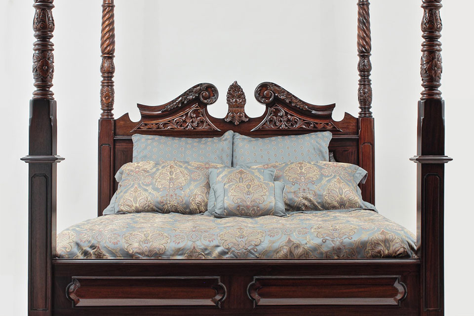 Chippendale Beds