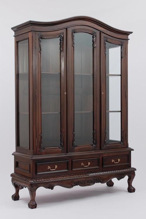 Large Chippendale China Cabinet Laurel Crown Furniture