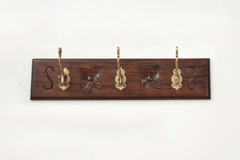 Small Wall-Mounted Coat Rack (3 Hooks)