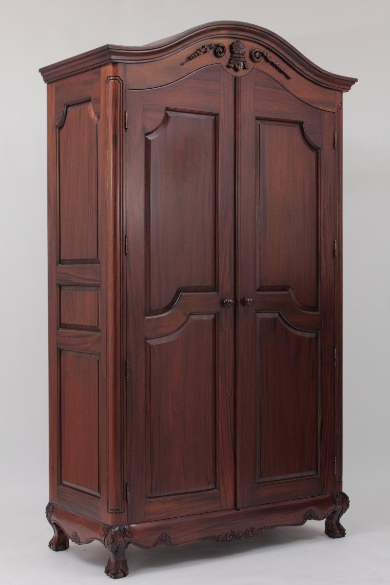Victorian Armoire Laurel Crown Furniture