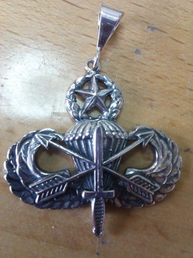 US Army Special Forces Master Parachutist Pendant