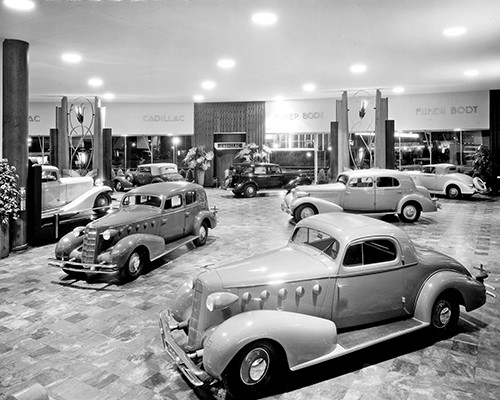 1933 World's Fair Cadillac Showroom Poster - GMPhotoStore
